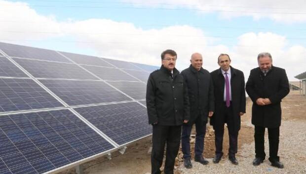 Karamanda güneş enerji santrali elektrik üretime başladı