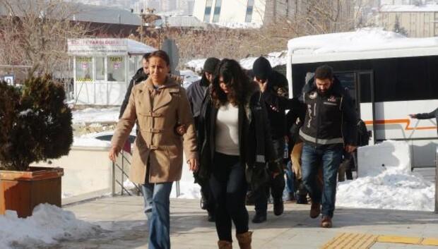 Elazığda FETÖden gözaltına alınan 15 polis adliyede