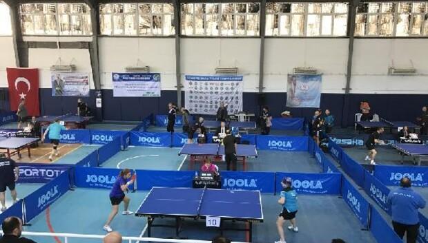Kızılcahamam'da 12. Ankara Veteran Masa Tenisi Turnuvası