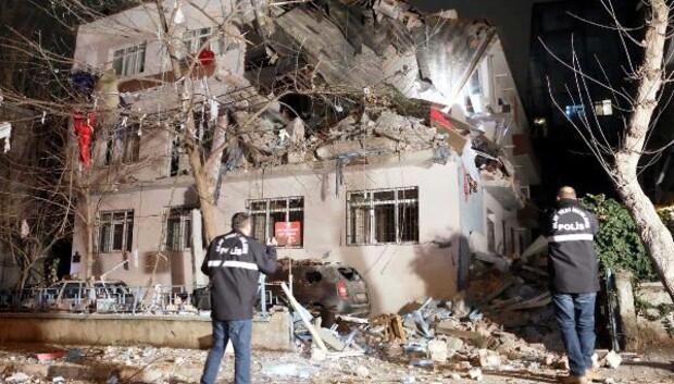 Ankarada doğalgaz patlaması: 3 yaralı - ek fotoğraflar