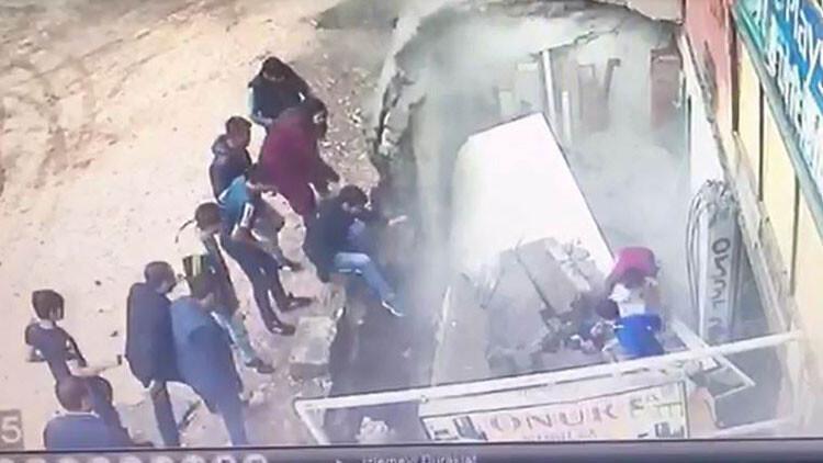 Son dakika: Diyarbakır'daki korkunç anlar saniye saniye kameralara böyle yansıdı