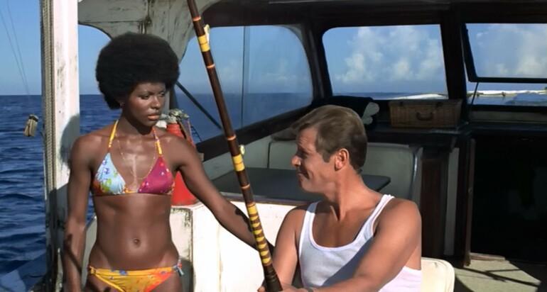 Bond kızının anatomisi