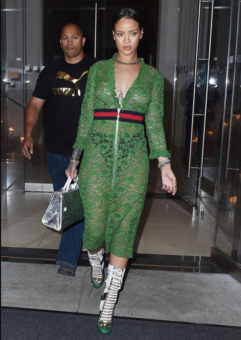 Rihanna egzersiz programı ile Etiketlenen Konular 71