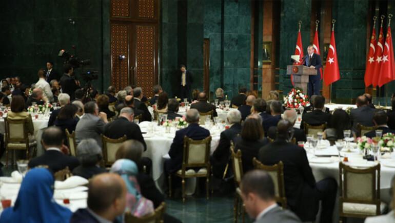 Cumhurbaşkanı Erdoğan: Teröriste kimliğine, söylemine bakmaksızın tavır koyalım