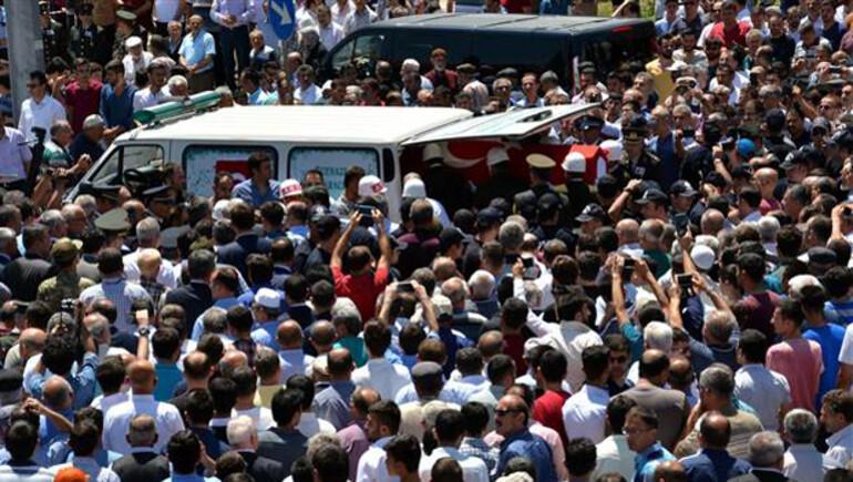 Türkiye'yi yasa boğan kazada hayatını kaybedenlere son veda