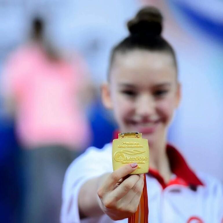 Ayşe Begüm Onbaşı, dünya şampiyonu oldu!