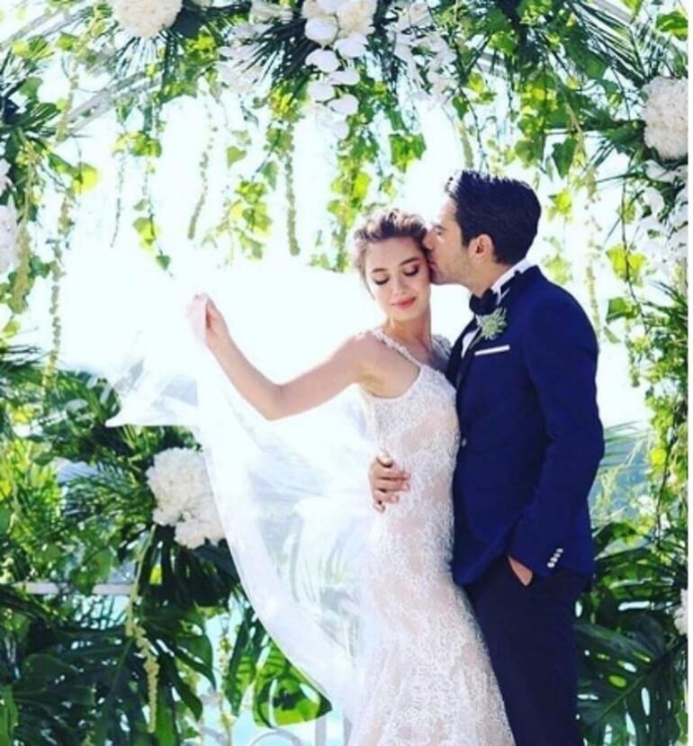 Kadir Doğulu ile Neslihan Atagül evlendi.. İşte o düğünden fotoğraflar