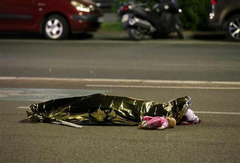 Son dakika haberi: Fransa'daki saldırıdan şoke eden görüntüler
