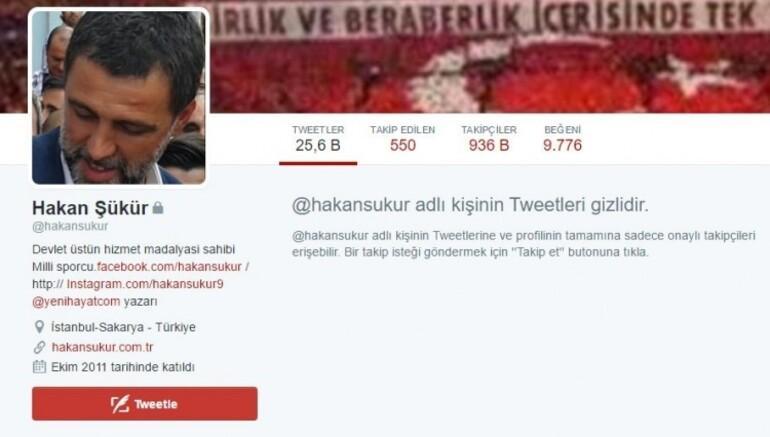 Hakan Şükür 'Twitter'da gizlendi