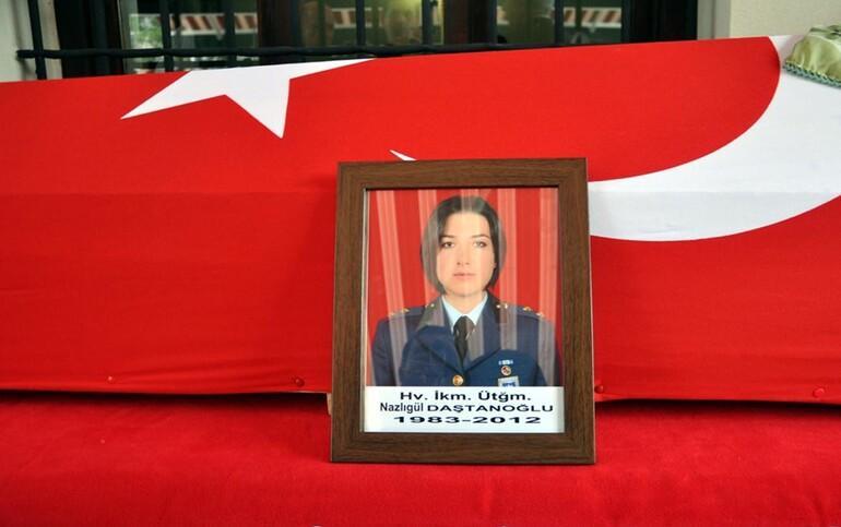Üsteğmen Nazlıgül'ün komutanı darbeden tutuklandı