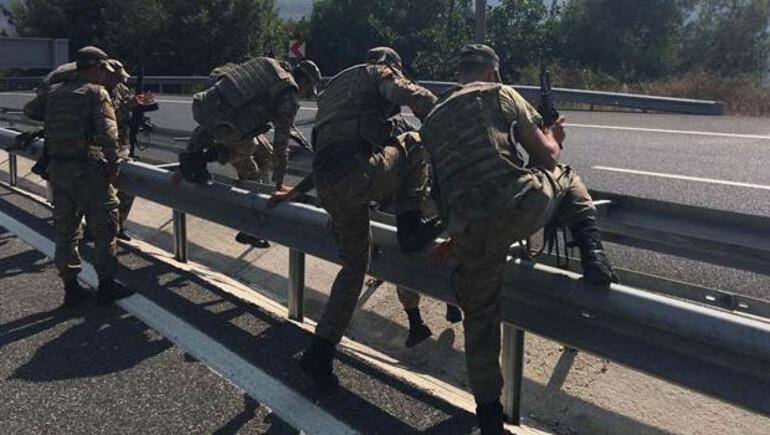 11 darbeci askeri komandolar arıyor