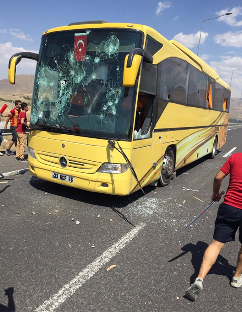 Konya'da çirkin olay! Beşiktaş taraftarlarına saldırı