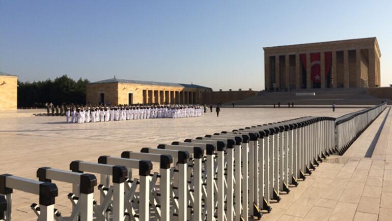 Anıtkabir'de çok sıkı güvenlik önlemleri