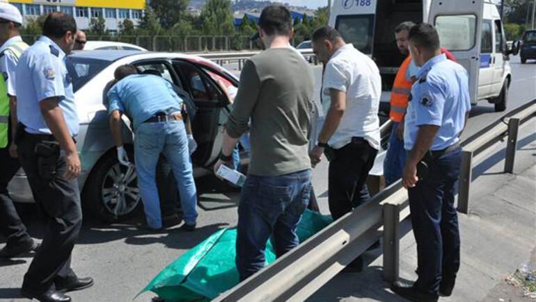 Durdurulan lüks otomobilden ceset çıktı