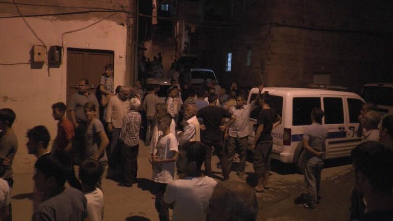 Şanlıurfa'da Suriyeliler ile mahalleliler arasında gerginlik