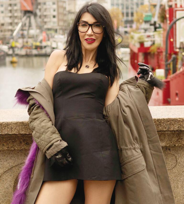 Hande Yener: Türk popunun üç büyükleri Tarkan, Gülşen ve benim...
