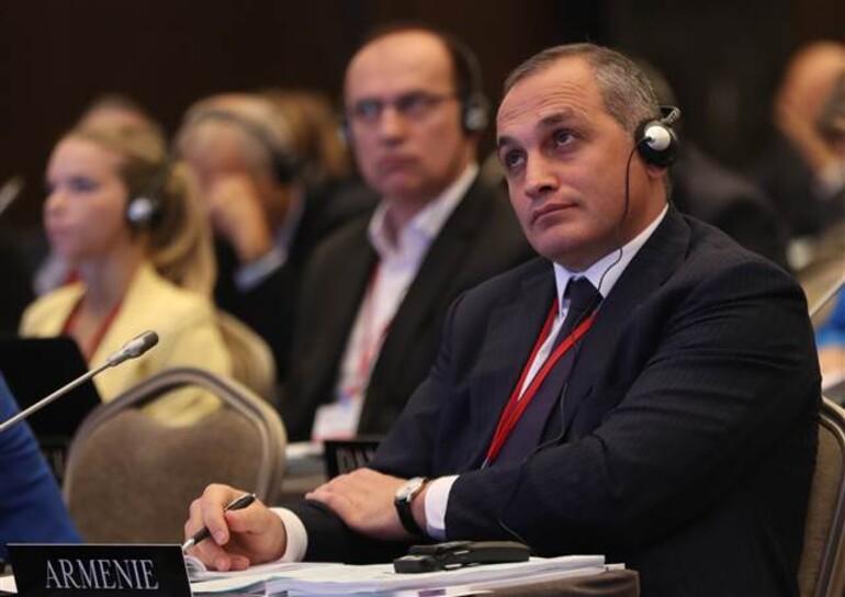 Çavuşoğlundan Ermeni milletvekiline sert tepki