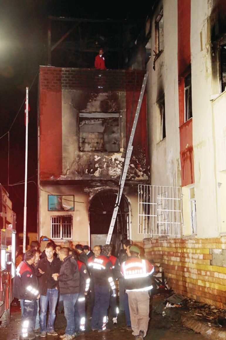 Son dakika haberi: Adanada öğrenci yurdunda facia: 12 ölü..
