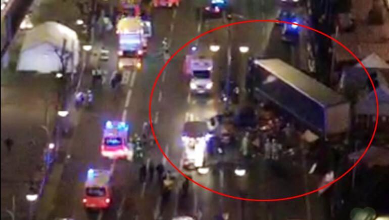 Berlinde son dakika... TIR Noel pazarına girdi, en az 12 ölü