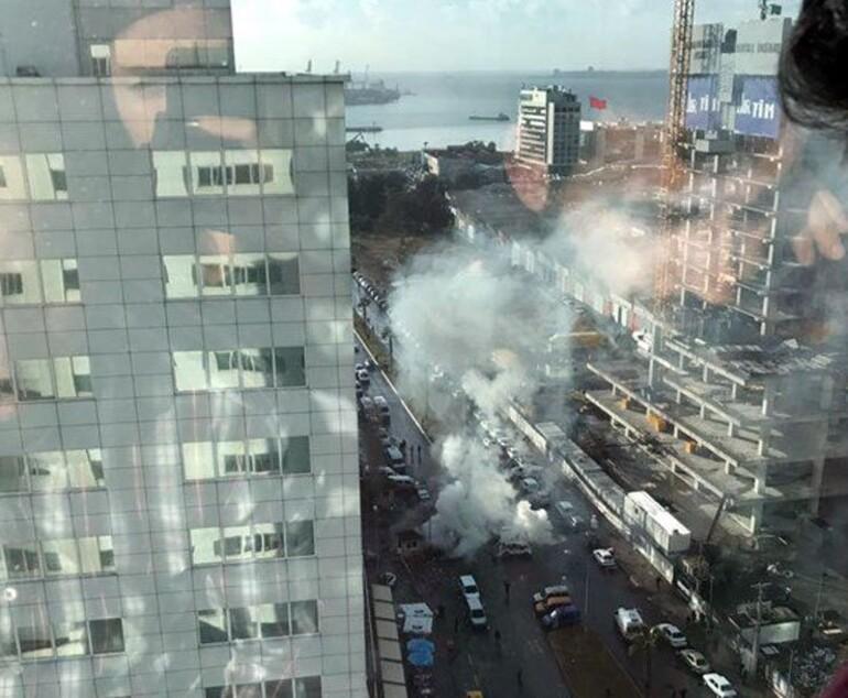 Son dakika... İzmir Adliyesi önünde patlama