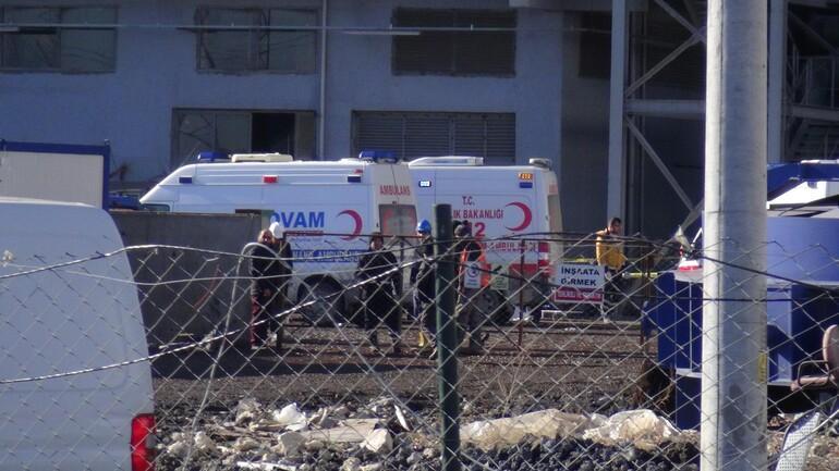 Son dakika: Fabrikada patlama: 1 ölü,15 yaralı
