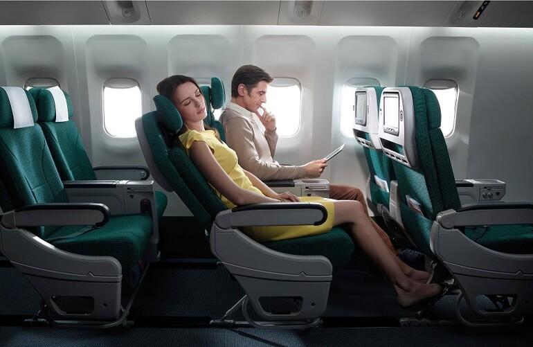 Dünyanın en uzun uçak yolculuğu yapıldı Bakın kaç saat sürdü...