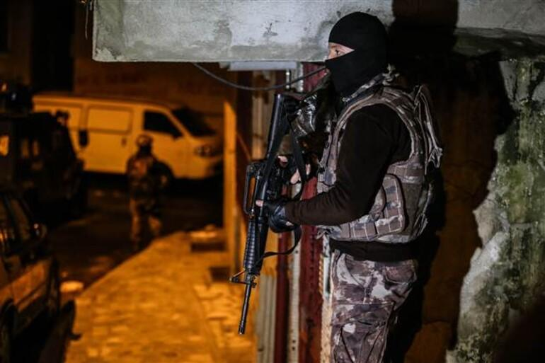 Son dakika: İstanbulda operasyon Çok sayıda gözaltı var