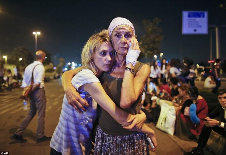 Son dakika haberi: Alçaklar İstanbul Atatürk Havalimanı'na böyle saldırmış!