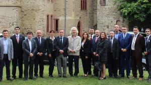 Büyükelçi Karslıoğlu Türk iş adamlarıyla buluştu