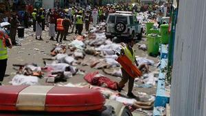 Associated Press: Hacdaki izdihamda 1100'ün üzerinde hacı hayatını kaybetti