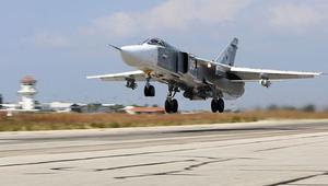 Amerikan hava aracı, Rus uçağına yaklaşmamak için.