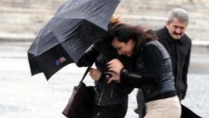 Batı Akdenizde kuvvetli yağış ve fırtına uyarısı