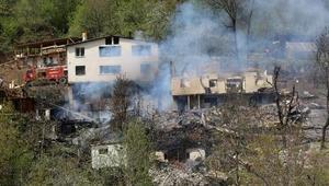 Artvin Ortaköy'de yangın: 6 binadaki 14 daire yandı