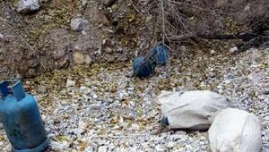 Tuncelide PKKnın mayın ve patlayıcı sığınağı bulundu
