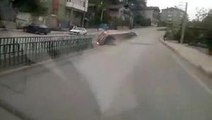 Otomobil su kanalına düştü: 2 yaralı (2)