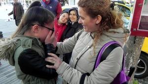 Yabancı ülke çocukları gözyaşları içinde veda etti