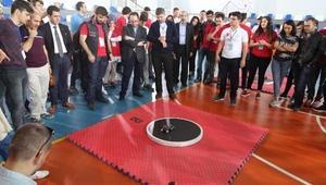 BTÜde robot yarışması