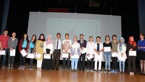 Köroğlu Yazarlık Okulu mezunlarını verdi