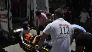 Otomobilin çarptığı kız yaralandı