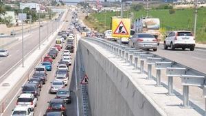 Tekirdağdan İstanbula dönüş yoğunluğu