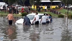 Yağış ne kadar sürecek İstanbullulara önemli uyarı