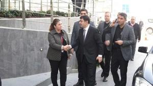 Naim Süleymanoğlunun ölümü... İstanbul Valisi Şahin hastaneye geldi