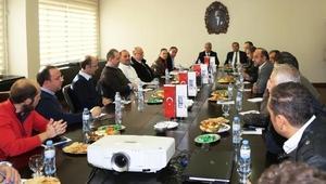 Suriyeli işadamlarıyla toplantı