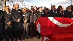 Şehit Binbaşıyı Orduda 10 bin kişi dualarla uğurladı