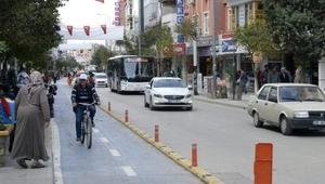 Ispartada bisiklet yolu tartışması