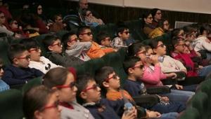 Çocuklardan 3 boyutlu filmlere büyük ilgi