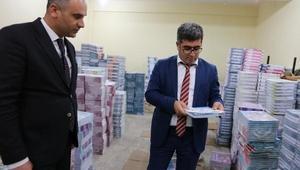 Bursa'dan Vartoya kitap yardımı