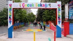 Batman Belediyesindan çocuklara Çocuk Sokağı