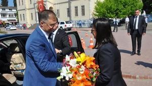 Sinop Vali Şakalar, görevine başladı