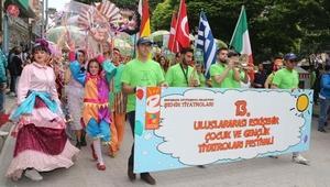 Eskişehirde, Uluslararası Çocuk ve Gençlik Tiyatroları Festivali başladı